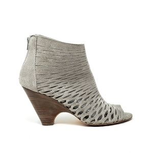 Barneys New York Gray Suede Ankle Boots, S 8.5